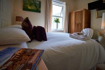 Lynstead House - Double Room