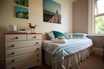 Lynstead House - Single Room