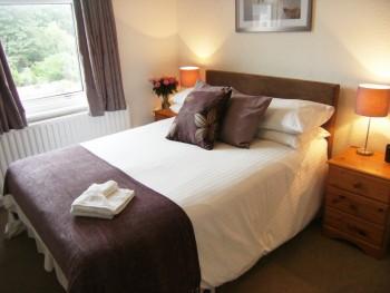 Lynstead House - Room 1